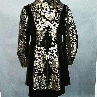 Одежда ручной работы. Ярмарка Мастеров - ручная работа Костюмы: Винтажный костюм из бархата с вышивкой паетками. Handmade.