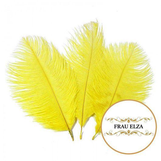 Другие виды рукоделия ручной работы. Ярмарка Мастеров - ручная работа. Купить Маленькие перья страуса (15-17 см) - желтые. Handmade.