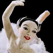 Куклы и игрушки ручной работы. Ярмарка Мастеров - ручная работа Белая Лебедь. Валяная кукла. Handmade.