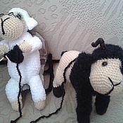 Куклы и игрушки ручной работы. Ярмарка Мастеров - ручная работа вязаные игрушки овечки. Handmade.