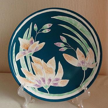 Посуда ручной работы. Ярмарка Мастеров - ручная работа Декоративная тарелка Лилия. Handmade.