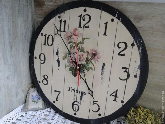 """Часы для дома ручной работы. Ярмарка Мастеров - ручная работа. Купить Настенные часы """"Букетик роз"""". Handmade. Бежевый"""