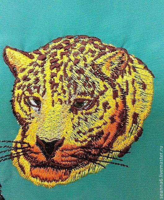 """Животные ручной работы. Ярмарка Мастеров - ручная работа. Купить Картина, картинка, панно вышитое """"Медведь""""Голова дикого ягуара"""". Handmade."""