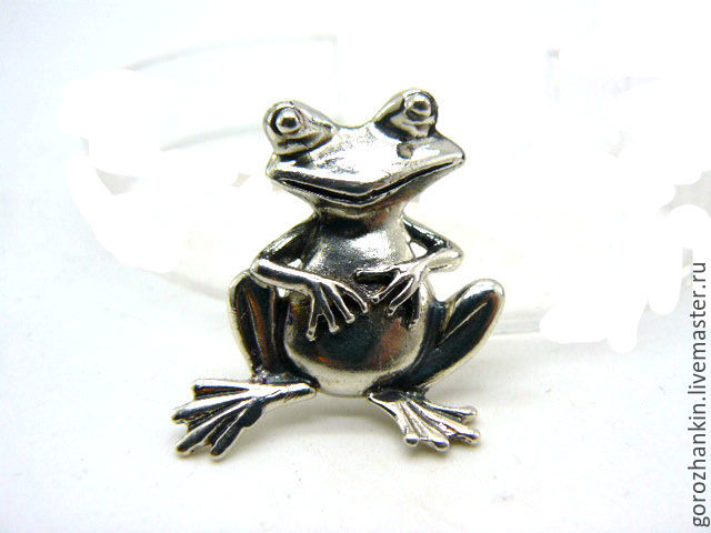 Pendant 'Frog' in silver weighing 4.3 grams. on a leather cord. Handmade gift to girl, child, woman for New year, birthday, March 8, Valentine's day, just like that