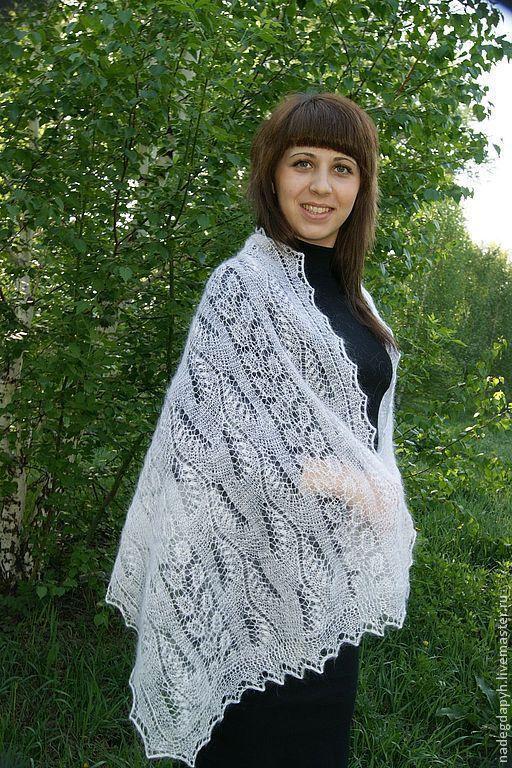 Шали, палантины ручной работы. Ярмарка Мастеров - ручная работа. Купить 88-палантин шарф пуховый белый Весеннее очарование. Handmade.