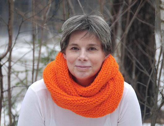 """Шали, палантины ручной работы. Ярмарка Мастеров - ручная работа. Купить Снуд-шарф """"Апельсиновое настроение""""  (полушерсть). Handmade. Снуд"""