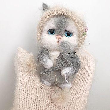 Куклы и игрушки ручной работы. Ярмарка Мастеров - ручная работа Серенький котик. Handmade.