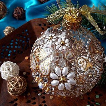 """Сувениры и подарки. Ярмарка Мастеров - ручная работа Елочный шар """"Белый танец"""". Handmade."""