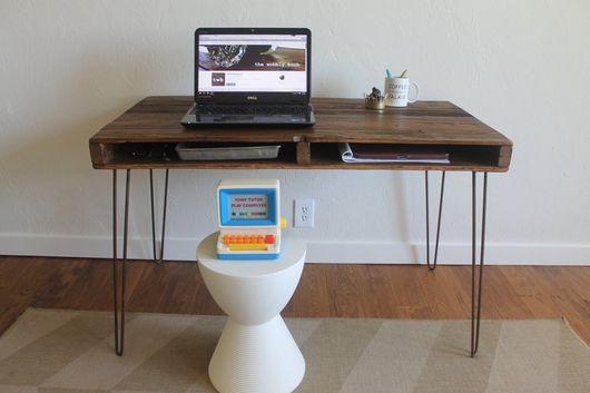 Мебель ручной работы. Ярмарка Мастеров - ручная работа. Купить Рабочий столик из массива. Handmade. Лофт, современный дизайн