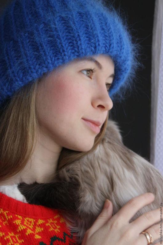 Шапки ручной работы. Ярмарка Мастеров - ручная работа. Купить Объемная шапка связанная спицами. Handmade. Синий, объемная шапка