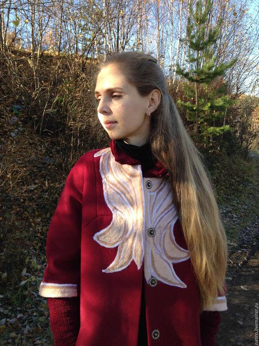 """Верхняя одежда ручной работы. Ярмарка Мастеров - ручная работа. Купить Демисезонное пальто """"Северное цветение"""". Handmade. Бордовый, весна"""