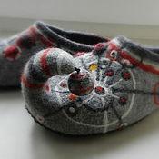 """Обувь ручной работы. Ярмарка Мастеров - ручная работа Тапки валяные домашние """"Загогулина"""". Handmade."""