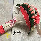 """Цветы и флористика ручной работы. Ярмарка Мастеров - ручная работа Букет из конфет """"Лодочка"""" крокусы герберы маки розовый. Handmade."""