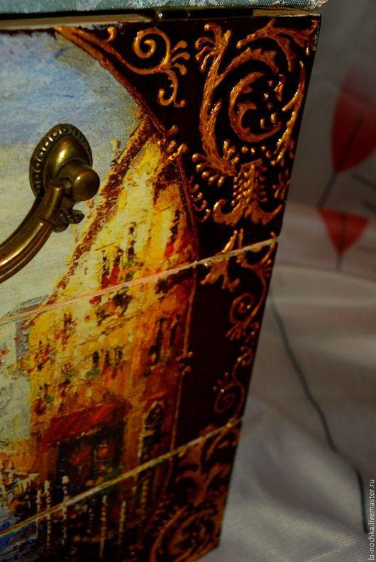 """Мини-комоды ручной работы. Ярмарка Мастеров - ручная работа. Купить Пуф-шкатулка """"Прогулка по Италии"""". Handmade. Разноцветный, Декупаж"""