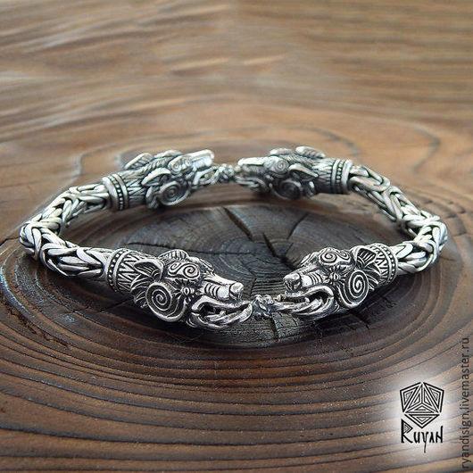 Мужской браслет  из серебра, Волк, славянские обереги