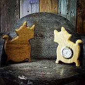Подарки к праздникам ручной работы. Ярмарка Мастеров - ручная работа Часы настольные Кошечка. Handmade.