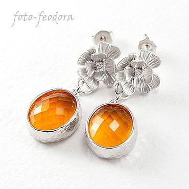 """Украшения ручной работы. Ярмарка Мастеров - ручная работа """"Апельсин"""" серьги оранжевое ювелирное стекло, цветочные пуссеты, родий. Handmade."""