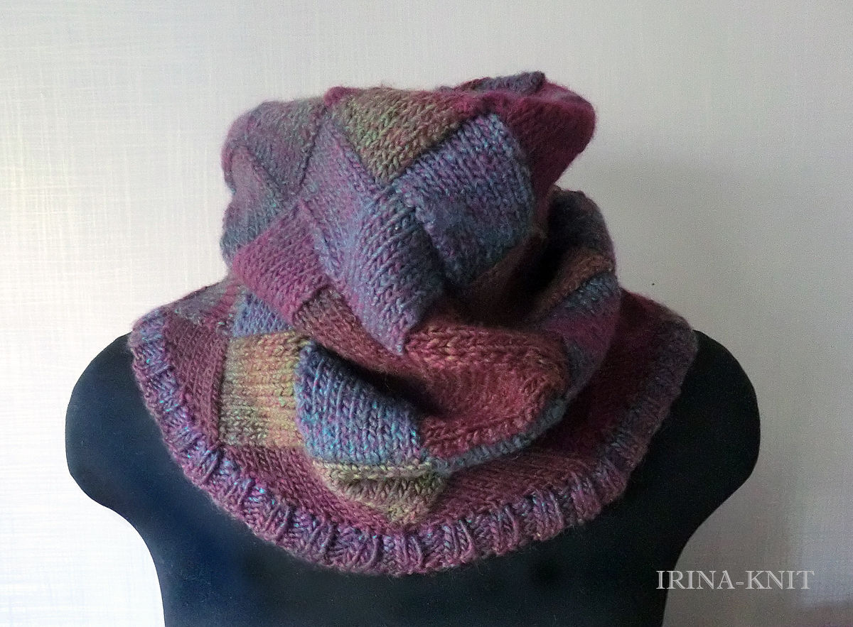 Knitting Pattern For Snood Scarf : Buy Bordeaux knitted Snood scarf tube interlock - burgundy ...