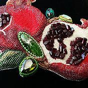 """Украшения ручной работы. Ярмарка Мастеров - ручная работа Колье """"Гранаты"""" с натуральными камнями и кристаллами Swarovski. Handmade."""