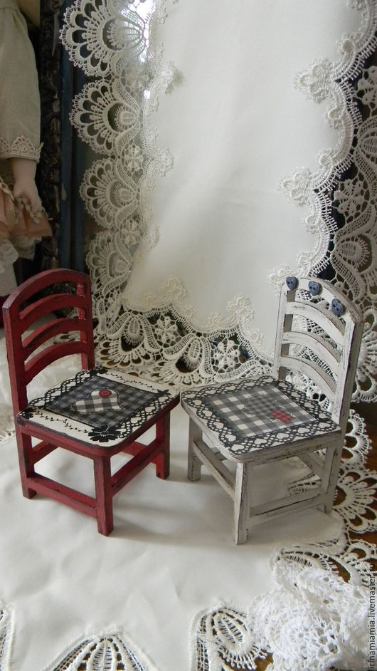 Кукольный дом ручной работы. Ярмарка Мастеров - ручная работа. Купить Деревянный стульчик с элементами декупажа для кукол. Handmade.