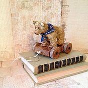Куклы и игрушки ручной работы. Ярмарка Мастеров - ручная работа Мишка на тележке. Handmade.