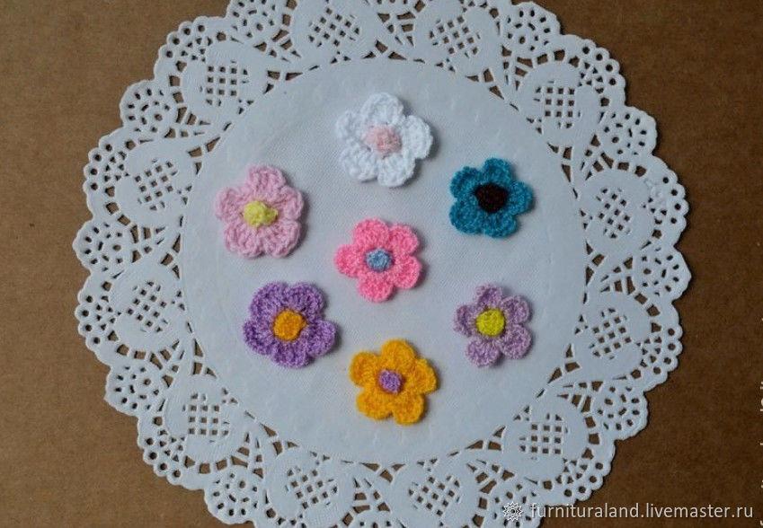 Вязаные цветочки с серединкой, Аксессуары для вышивки, Коломна,  Фото №1
