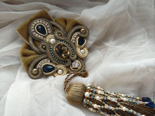 """Броши ручной работы. Ярмарка Мастеров - ручная работа. Купить Сутажная брошь """"Fleur-de-Lys"""" с кистью. Handmade."""