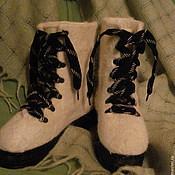"Обувь ручной работы. Ярмарка Мастеров - ручная работа Ботинки валяные "" White and black"". Handmade."