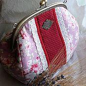 Beauticians handmade. Livemaster - original item Large cosmetic bag on the clasp