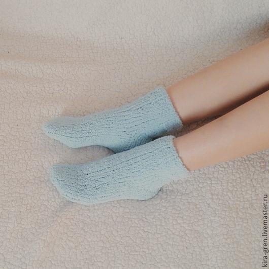 """Белье ручной работы. Ярмарка Мастеров - ручная работа. Купить Вязаные носки """"Домашний уют"""". Handmade. Однотонный, мятный, для дома"""