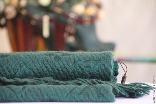 """Шали, палантины ручной работы. Ярмарка Мастеров - ручная работа. Купить Шарф уникальный из трикотажного полотна Louis Vuitton """"Classic"""". Handmade."""