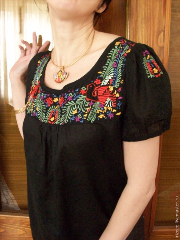 Батистовые блузки с вышивкой