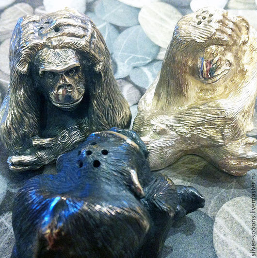 Набор для сыпучих продуктов. Солонка, перечница. Серебряные ложки Скоблинского. Столовое серебро всегда считалось хорошим подарком на свадьбу или её годовщины, юбилей и др. торжества.