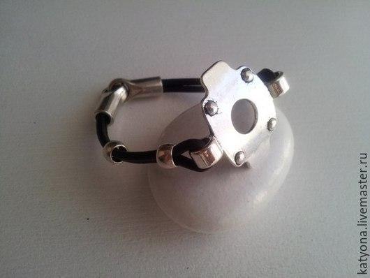 Браслеты ручной работы. Ярмарка Мастеров - ручная работа. Купить Кожаный браслет  в стиле киберпанк. Handmade. Черный, стильный подарок
