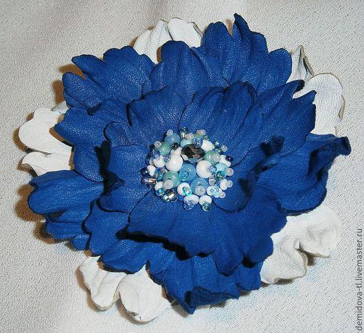 """Броши ручной работы. Ярмарка Мастеров - ручная работа. Купить Брошь """"Синеглазка"""". Handmade. Цветы из кожи, мак, цветок"""