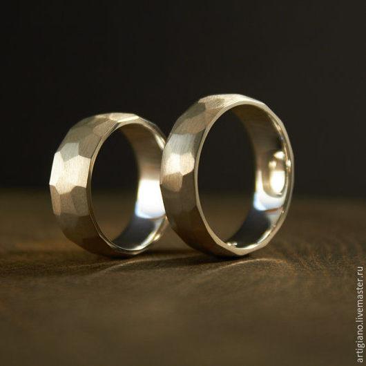 Кольца ручной работы. Ярмарка Мастеров - ручная работа. Купить Матовые кольца с гранями. Handmade. Серебряное кольцо, кованое кольцо