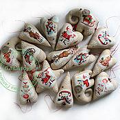 Подарки к праздникам ручной работы. Ярмарка Мастеров - ручная работа Новогодние интерьерные подвески. Текстильные игрушки. Handmade.