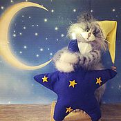 Куклы и игрушки handmade. Livemaster - original item Night light Star 20 Smaga knitted toy nightlight cat cat lamp. Handmade.
