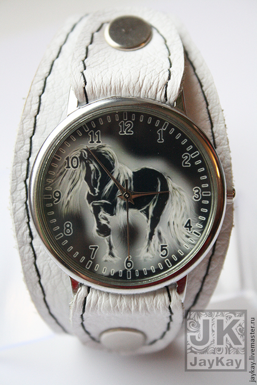 """Часы ручной работы. Ярмарка Мастеров - ручная работа. Купить Часы наручные JK """"Конь"""". Handmade. Чёрно-белый"""
