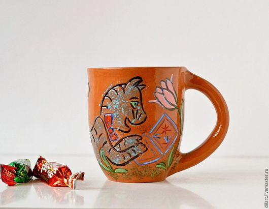 Кружки и чашки ручной работы. Ярмарка Мастеров - ручная работа. Купить Керамическая кружка Кот за ноутбуком цветная. Handmade.