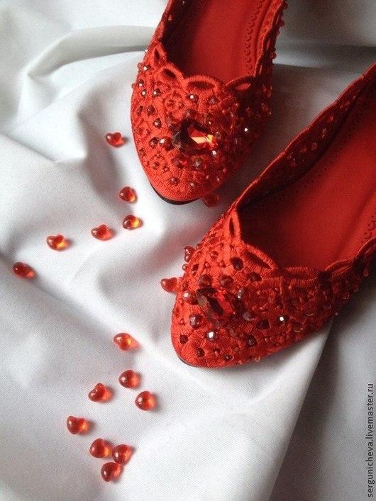 """Обувь ручной работы. Ярмарка Мастеров - ручная работа. Купить Балетки""""Город Грехов""""в стиле DG. Handmade. Ярко-красный, дольче"""