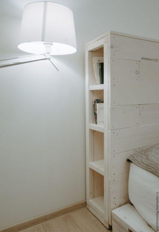 Кровать с изголовьем из паллет / из поддонов от мастерской WoodMorning!  Возможны любые цвета и разные размеры.