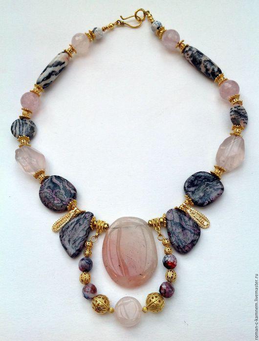 Комплект из натуральных камней в восточном стиле Розовый муар. Оригинальный , роскошный, дорогой подарок на торжество.