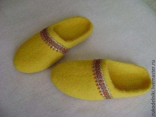 Обувь ручной работы. Ярмарка Мастеров - ручная работа. Купить тапочки Солнышко. Handmade. Желтый, Тапочки ручной работы