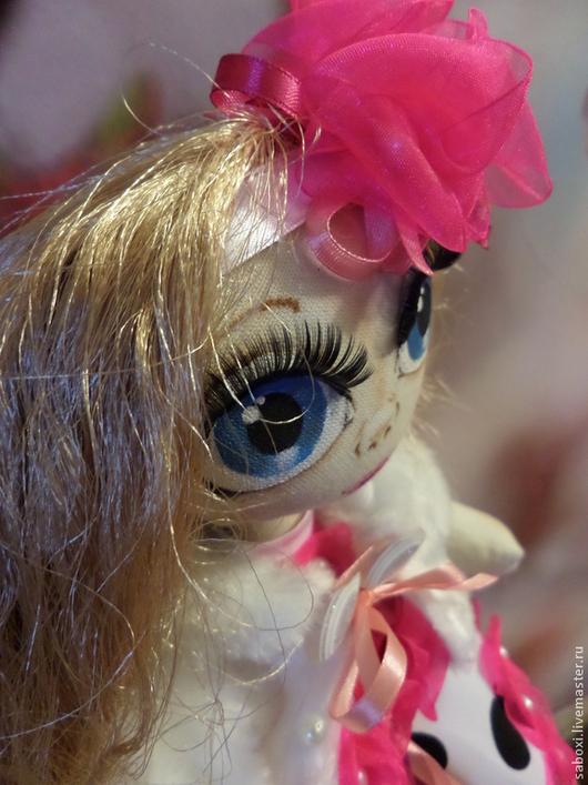 Коллекционные куклы ручной работы. Ярмарка Мастеров - ручная работа. Купить кукла текстильная. Handmade. Кукла в подарок, лента атласная