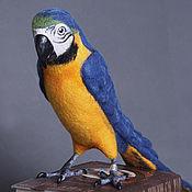 Куклы и игрушки ручной работы. Ярмарка Мастеров - ручная работа Попугай Сине-желтый ара. Handmade.