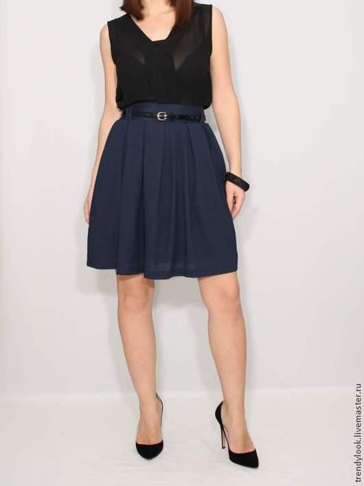 Юбки ручной работы. Ярмарка Мастеров - ручная работа. Купить Короткая темно-синяя юбка с карманами, юбка в складку. Handmade.