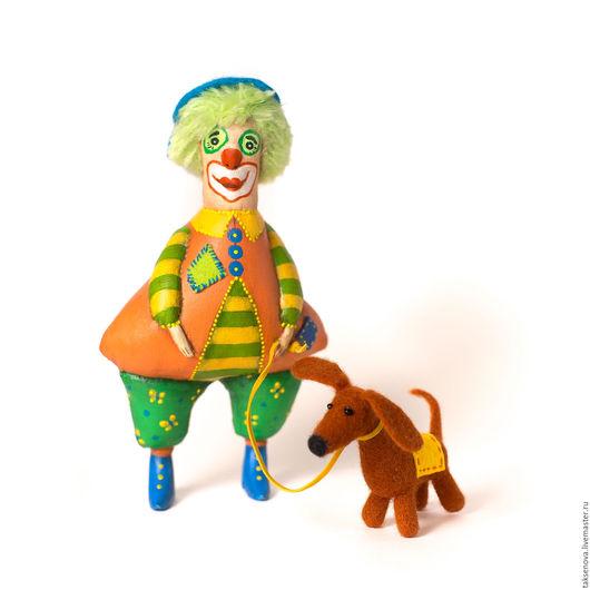 Коллекционные куклы ручной работы. Ярмарка Мастеров - ручная работа. Купить Текстильная кукла Клоун Колокольчик и собачка Дусик. Handmade.