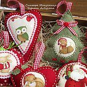 Сувениры и подарки handmade. Livemaster - original item Set of Christmas toys out of felt and fabric 7 piece Santa Claus with friends. Handmade.