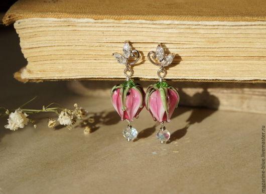"""Серьги ручной работы. Ярмарка Мастеров - ручная работа. Купить """"Утро в розовом саду"""" серьги бутоны лэмпворк. Handmade. Розовый"""